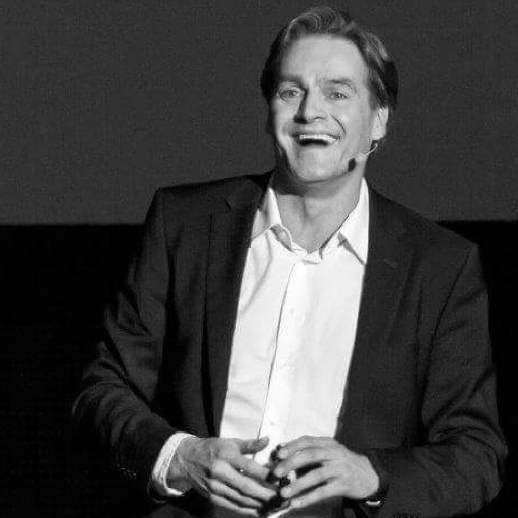 Boris Thomas, Führung, Marketing, Kommunikation und Verkauf