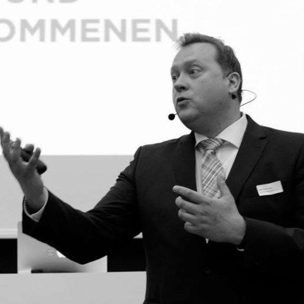 Nils-Peter Hey, Experte für Strategieentwicklung für Marketing und Kommunkation