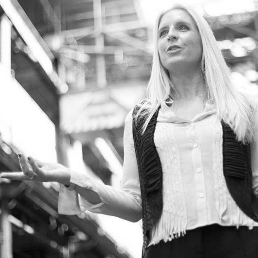 Vivienne Dübbert, Keynote Speaker & Mindset Expertin